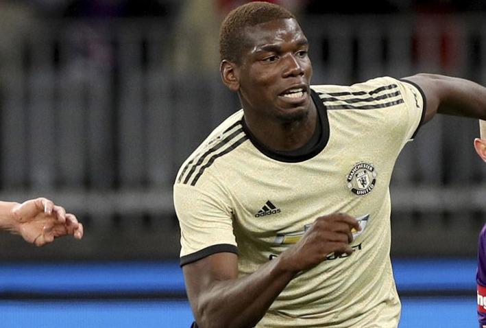 Paul Pogba Memilih Bertahan Di Manchester United